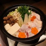 84302700 - 名古屋コーチンと旬菜の水炊き鍋