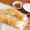 一品軒 - 料理写真:油条(200円)+豆乳(150円)