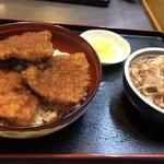 つる庵 - ソースカツ丼とおろし蕎麦