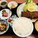 かつれつ軒 - ひれかつ定食(おろし付き)