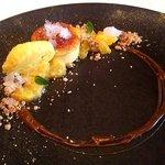 レストラン マノワ - オレンジのシブースト レモングラスのグラニテとオレンジのソルベ