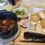 チェリー - ストウブ鍋を使用したシチューランチ