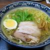 Kanamaruhonten - 料理写真:鶏塩ラーメン:650円