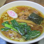金丸本店 - 金丸本店鶏醤油ラーメン:550円