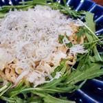 84329789 - 篠島産シラスのサッパリ塩レモン焼き麺