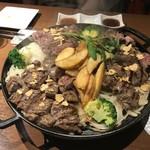 ステーキ食堂 gram - 料理写真:ガッツリの肉