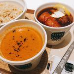 スープストックトーキョーカフェ - スープストックの定番メニュー、オマール海老のビスクと東京ボルシチをオーダー。