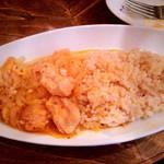 ロス・バルバドス - 「プーレ・ヤッサ」。鶏肉のレモン煮込み。