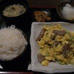 8434601 - 牛肉と卵の炒め定食