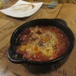 燻製欧食堂 天神大名ルッチョラ - もう一品追加したのははホルモンのピリ辛煮込みです。
