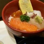 丸喜寿司 - ミニ海鮮丼