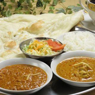 スパイシーな本場のインド料理は、ボリュームもコスパも満足!