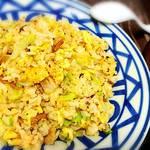 牡丹園 - チャーシューとレタスのXO醤炒飯。   美味しかったです。   伝わるかな、この写真で(*^^*ゞ