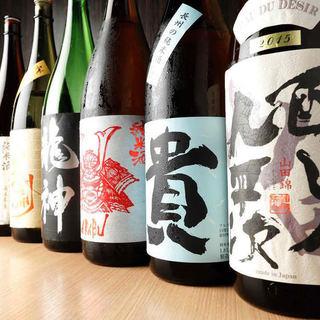 飲み比べが楽しい!全国の日本酒を60種以上ご用意!