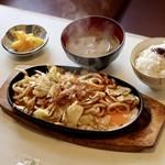 ミナミ - 焼うどん定食