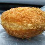 杜のパン工房 - こだわりカレーパン 185円