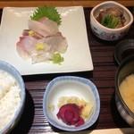魚の旨い店 やまかわ - 刺身定食 1190円。