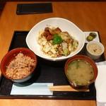SUMI-BIO - 国産大豆ミートのべジ回鍋肉定食(900円)