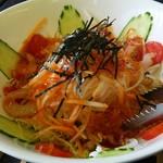 新鮮処 魚里 - 大根サラダ