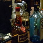 Bar Agit - 珈琲はマウンテンさんの「ノースウィンド」を手で惹いて抽出