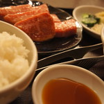 84366080 - 焼肉定食