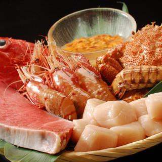 北海道から空輸で仕入れる新鮮食材。小樽の味をそのままに