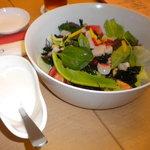 魚寅 - シーフードサラダ(ドレッシングと)