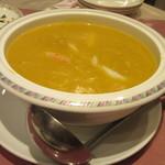 84372852 - 「蟹味噌入り ふかひれスープ」