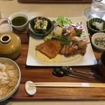 京の野菜とジビエの町家レストラン むすびの - 和のプレート