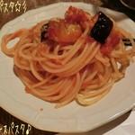 個室イタリアン LaVitaRosa  - 記念日のメモリアルコース(2,5時間/4500円/チャージ料金/300円)☆彡 ◆本日のパスタはナスのトマトソースパスタで定番な感じだけど好きなパスタだ!ソース美味しい♪