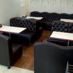 旭川市役所 地下食堂 - 入ってすぐのソファ席