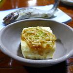 民宿ふじや - 自家製豆腐の自家揚げ出し、自家栽培えのきのなめたけ。