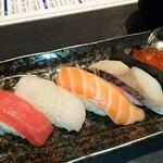 三海の華 - 〆のお寿司