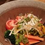 藁焼 みかん - 地野菜のサラダ。