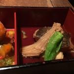 四川料理 CHINA5° - カレイの甘酢餡かけ