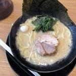 横浜家系ラーメン 町田商店 - 2018年4月18日  特製肉汁餃子セット 980円