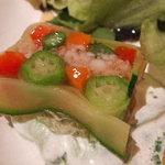 844353 - ル・ポティロン 海老と野菜のテリーヌ