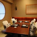 乃木坂 神谷 - 掘炬燵式個室は接待、商談にお薦めです。
