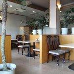 珈琲館京和 - 店内。喫煙席の様子。