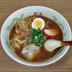 駒鳥食堂 - 料理写真:伊勢カレーラーメン