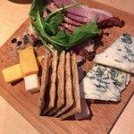 84402597 - 合鴨とチーズの盛り合わせ