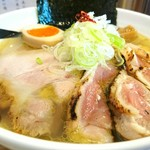 小麦蕎麦処 四天王寺 五常 - 地鶏と蛤の塩そば 1000円