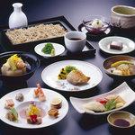 赤坂 たけがみ - たけがみのお料理をお楽しみください。