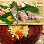 海キッチン キノサキ - 海の幸たっぷりお刺身どんぶり 1800円