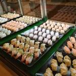 焼肉&グルメバイキングかたおか - お寿司も豊富
