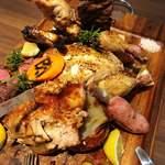 肉バル 肉ソン大統領 - 【王様のブランチで紹介】肉ソン・肉肉肉盛り合わせ。
