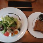 LENTO - ニース風サラダ&バターはちみつのパン