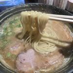 中華そば 風 - 料理写真:鶏白湯黒750円