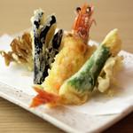 分讃岐うどんあ季 時譚 - 天ぷら盛り合わせ780円