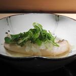 菊鮨 - ◆甘鯛の煮びたし 木の芽・九条葱添え 薄味仕立てですので「甘鯛」のお味を損なわないですね。